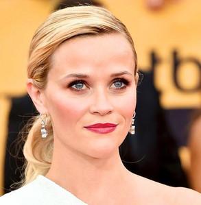 pretty earrings for a pretty blonde