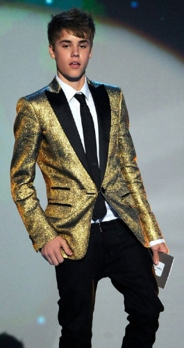 Biebo in a emas sparkly suit !