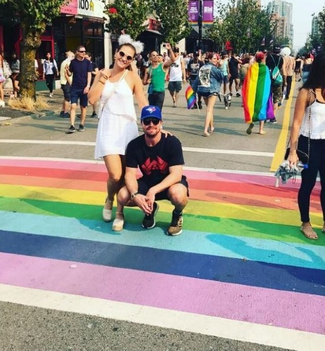 Stephen Amell at Vancouver Pride ! Thank u for being an LGBTQ+ ally 🏳️🌈