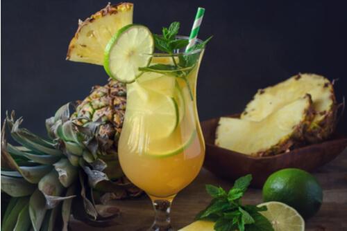 I'll take one pineapple mint mojito, please xD