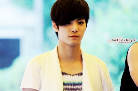 I love all members but,JR is my everything forever.......