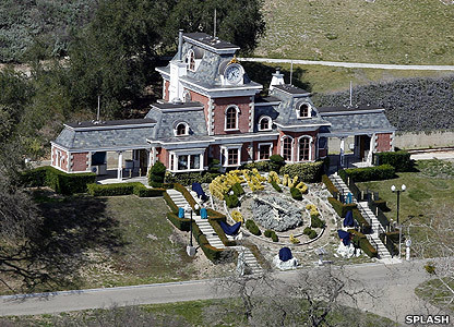Would 당신 go and visit Micheal's neverland ranch even though his ghost were to haunt it.