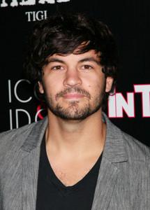 Nick Jonas has been replaced on Last Man Standing door Jordan Masterson. (pictured below) Good of bad decision