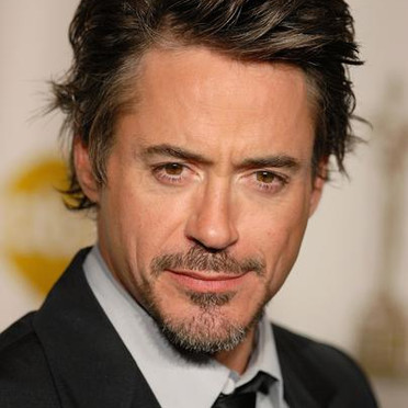 Post a picture of Robert Downey JR that Ты think is hot.