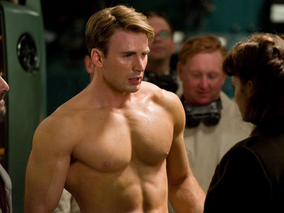 Post a picture of Chris Evans that u think is hot.