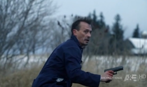 Post a pic of your actor holding a gun/knife