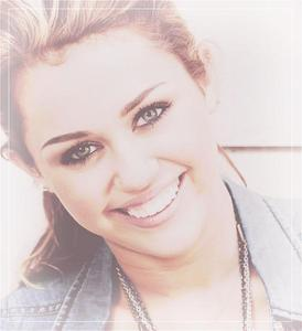 (: Post A Pic Of Miley Cyrus Giving An Adorable Smile :)