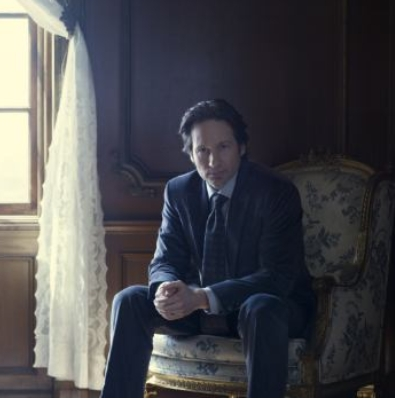 Post a pic of your actor sitting in a chair...
