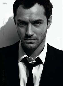 Post a pic of Jude Law :)
