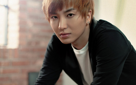 ♥Post Your Fav Pic Of Leeteuk♥