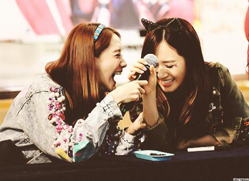 Post a pic of YoonYul {Yoona&Yuri} <33
