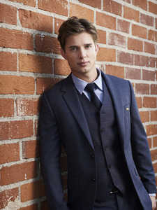 Post the hottest picture of your male Favorit in a suit