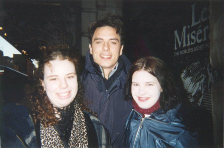 Post a picture of an actor younger and with fans.