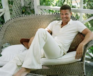 Post a pic of your actor wearing all white...