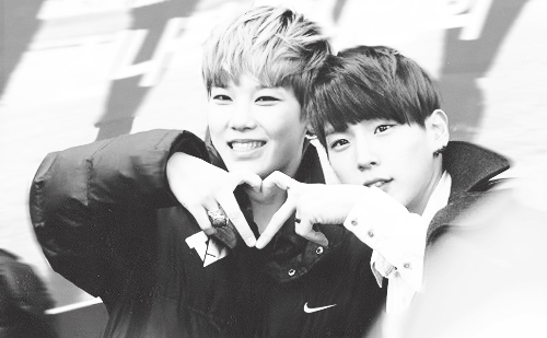 Post a चित्र या gif of Himlo (Himchan and Zelo)~♥♥