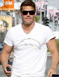Post a pic of your actor wearing a short sleeve T-shirt.