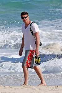 Post a pic of your actor at the beach.