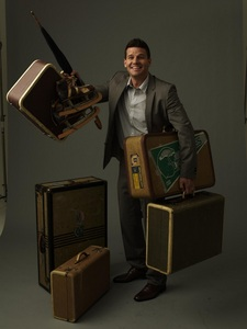 Post a pic of your actor with luggage.