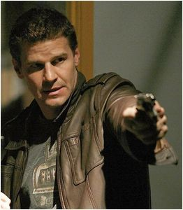 Post a pic of your actor holding a hand gun ...