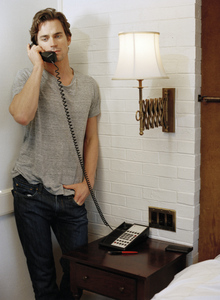 Post a picture of an actor on the phone?