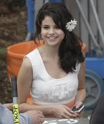 Selena Gomez contest
