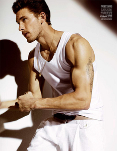 Post a picture of an actor with big muscles.