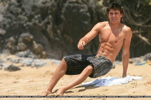 """Post a picture of an actor who has a """"Beach Body""""."""