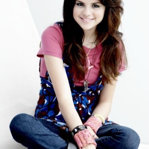 ff72d02a31f8d3 ❥ HUGE SELENA GOMEZ CONTEST (1) ❥     - Selena Gomez Answers - Fanpop