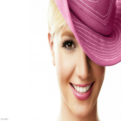 Post a pic with Britney Spears wearing a hat