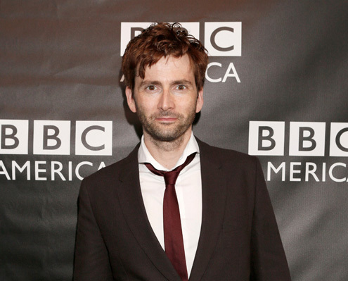 Post a picture of an actor with a tie.