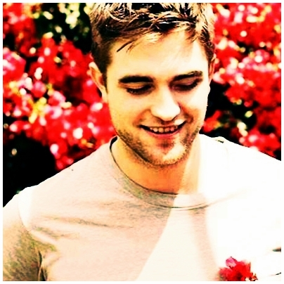 Post a pic of *Robert Pattinson*! :)