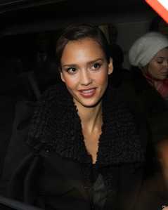 Jessica Marie Alba will be the most beautiful woman in the world for ever? Do आप think your प्यार will last for eternity?