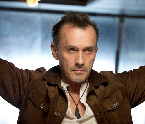 Post a hot picture of Robert Knepper.