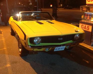 Does anyone know what 年 model is Bo's yellow Camaro?