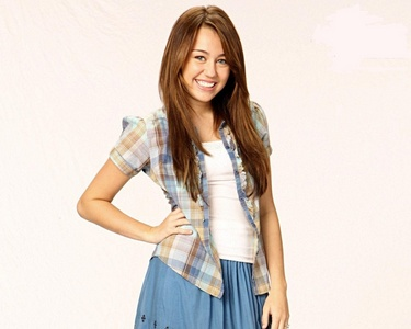 Post a pic of Miley in skirts