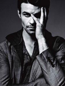 Post a picture of an actor which is a hot photoshoot.