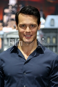 Post a picture of an actor with a watermark.