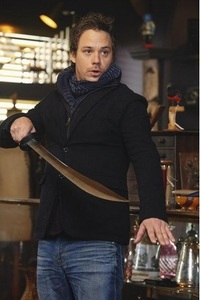 Post a pic of an actor with a weapon.