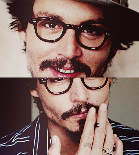 Post a picture of Johnny Depp.
