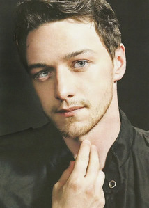 Post a picture of James Mcavoy.