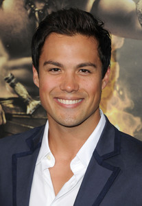 Post a picture of Michael Copon who is portrayed as Lucas in Power Rangers Time Force, One boom heuvel as Felix