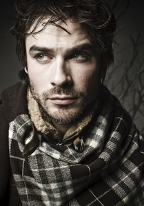 Post a picture of an actor wearign a scarf.
