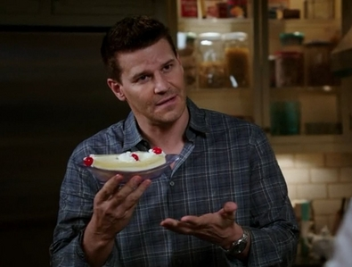 Post a pic of your actor with something sweet to eat ...