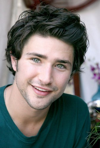 Post a picture of an actor whos so cute.