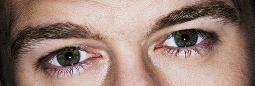 Post a picture of an actor with only his eyes