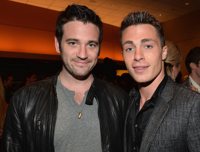 Post a picture of an actor with another actor.