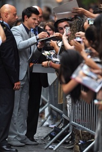 Post a picture of your actor signing Autographs