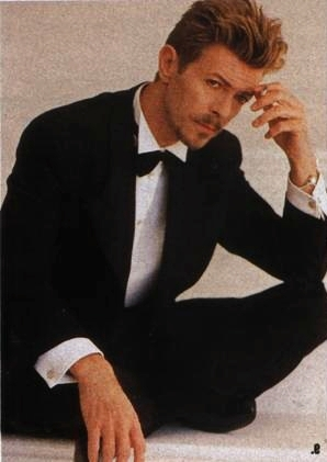 Post an actor in a tux