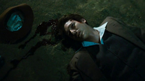 Post a pic of an actor where he's dead