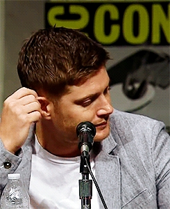 Post a pic of your actor playing with his ear.
